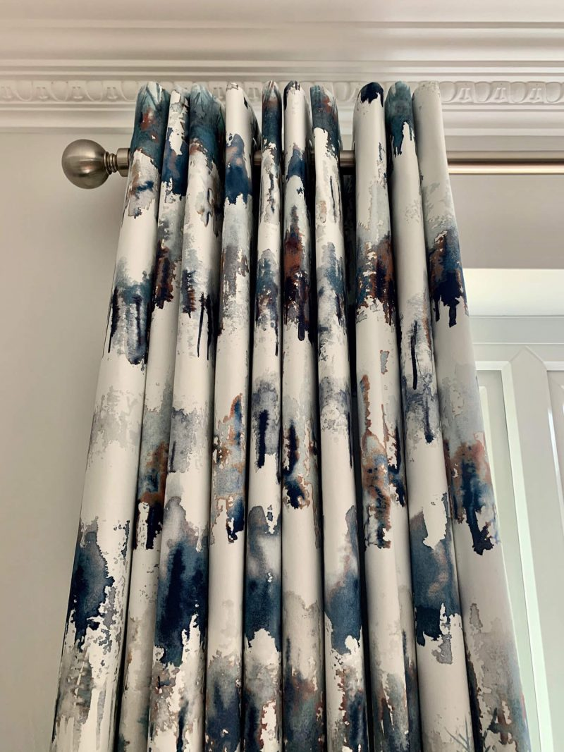Eyelet-curtains-in-Villa-Nova-Norland