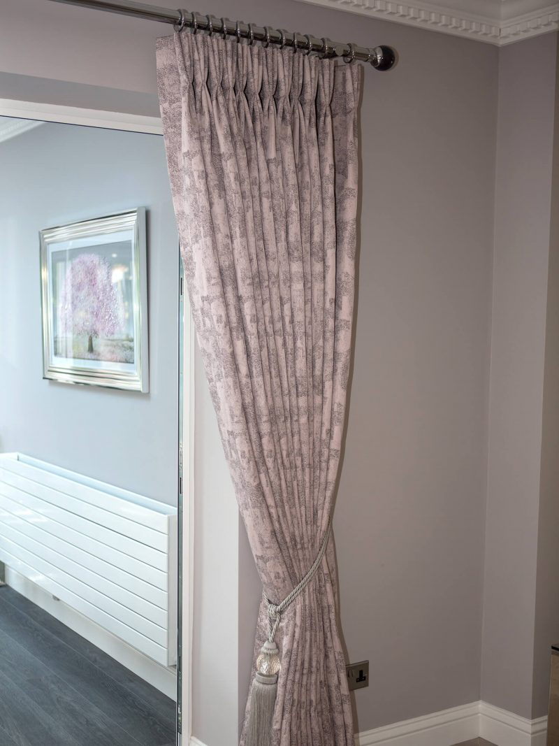 pinch pleat intrelined curtains